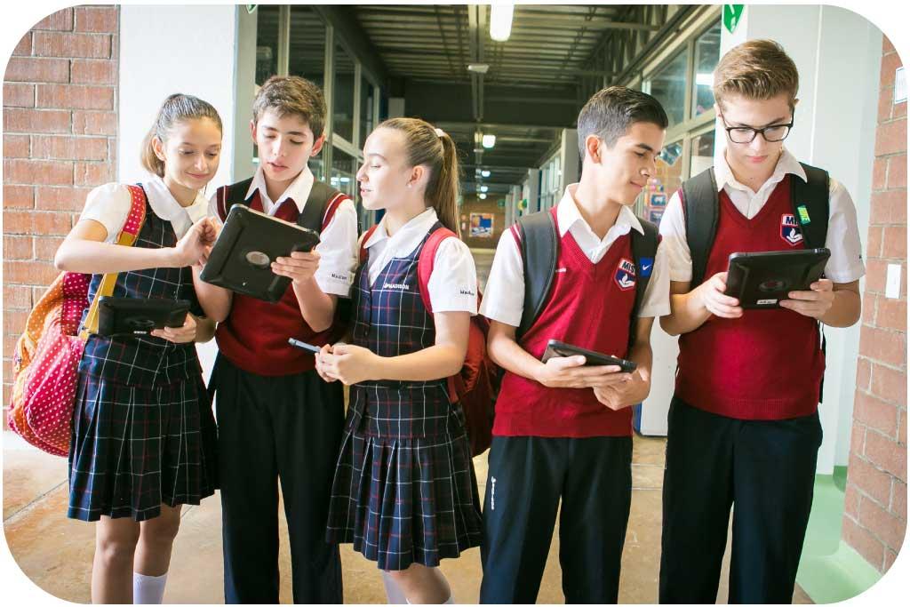 Uniformes escolares en Costa Rica